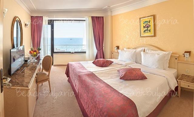 Palace Hotel21