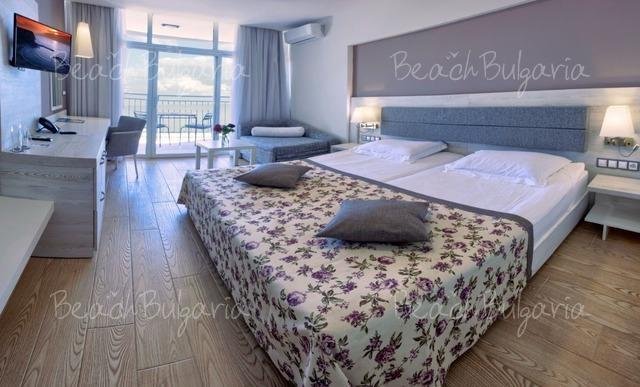 Luna Hotel12