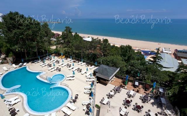 Luna Hotel5