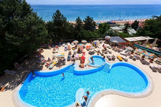 Luna Hotel7