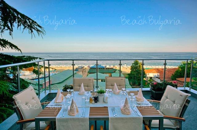 Luna Hotel8