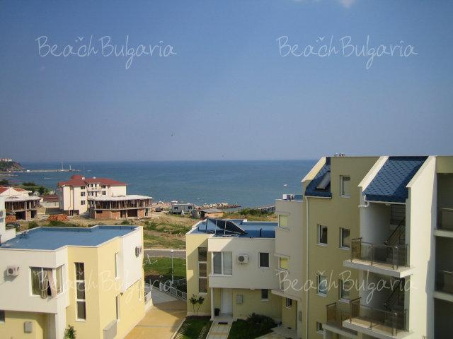 Blue Sky Apartments10