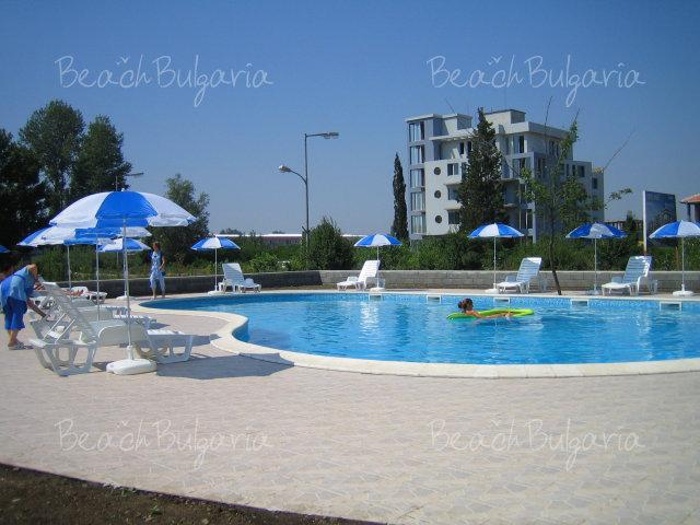 Forum Apartments11