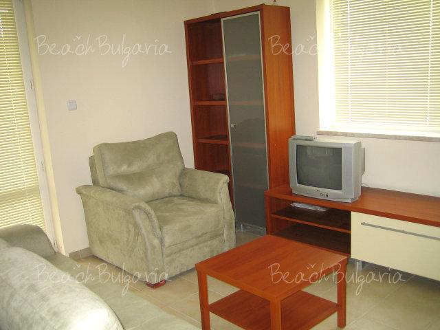 Forum Apartments3
