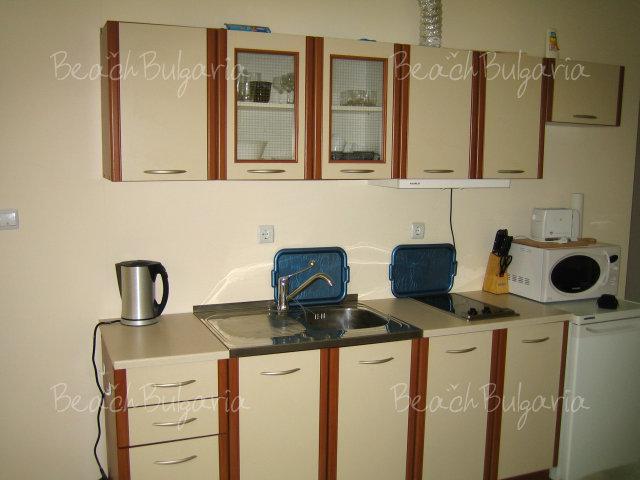 Forum Apartments7