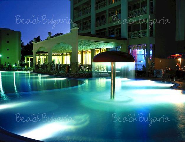 Alba Hotel2