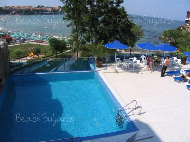 Selena Hotel13