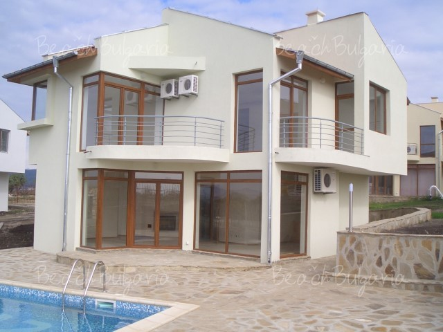 Almond Hill Villa