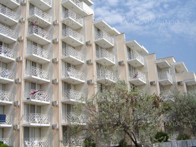 Albena Beach Club Hotel3