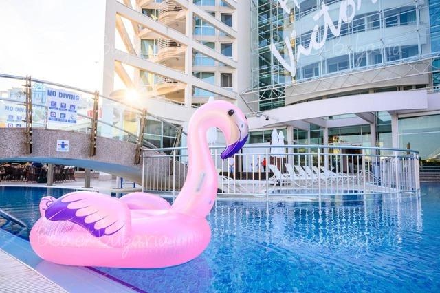 Grand Victoria Hotel3