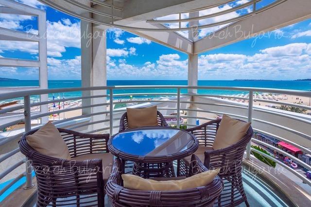 Grand Victoria Hotel4