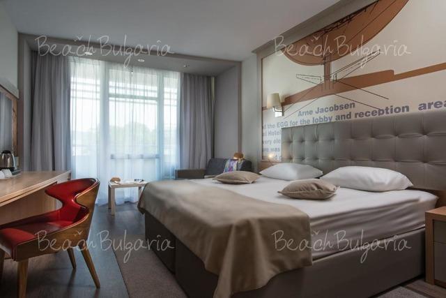 Grand Victoria Hotel10