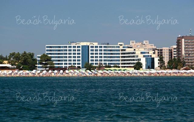 Globus Hotel2