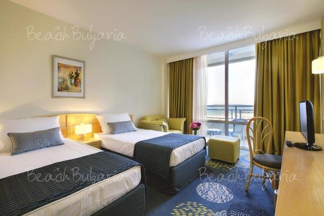 Globus Hotel14