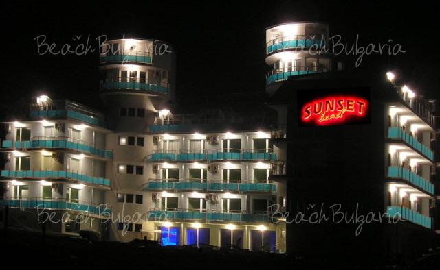 Sunset Beach hotel5