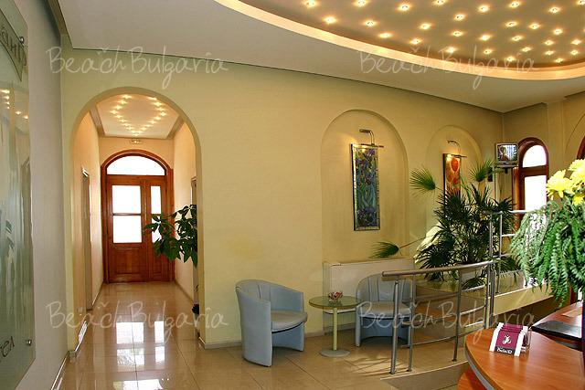 Bulair Hotel3