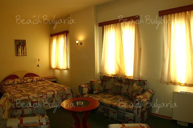 Bulair Hotel9