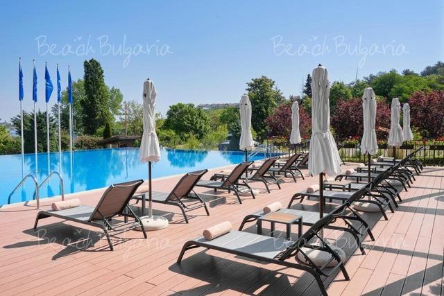 Santa Marina Holiday Village8