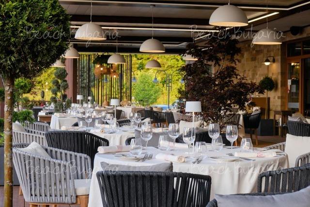 Santa Marina Holiday Village9