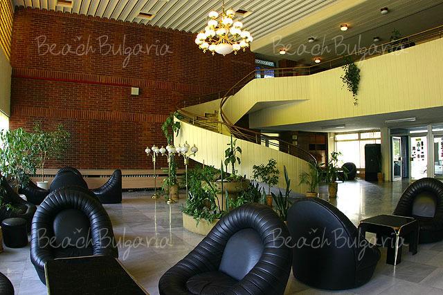 Cosmos Hotel2