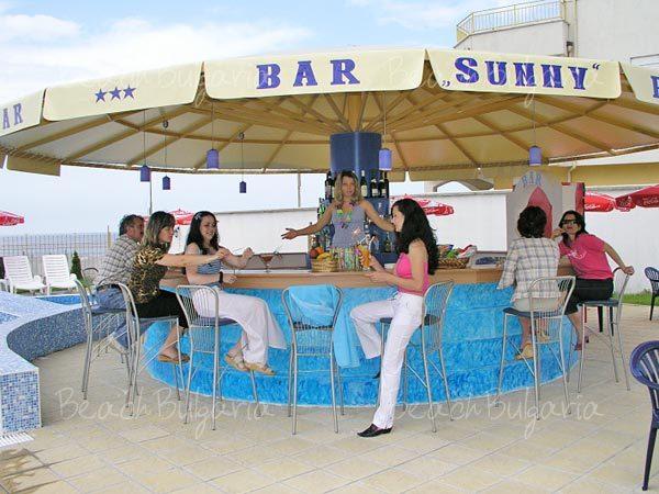 Sunny Hotel14