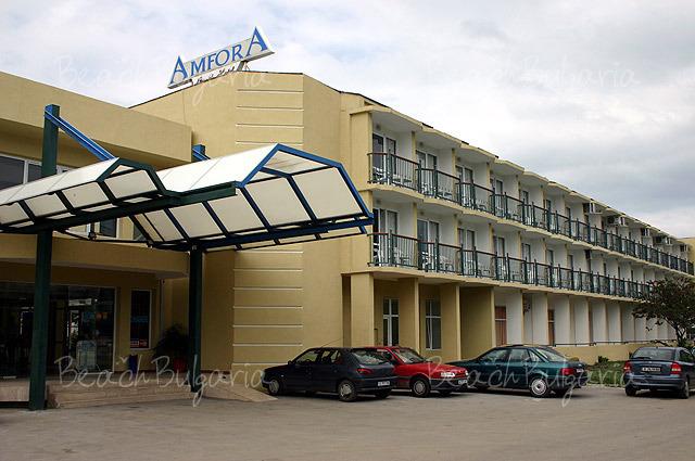 Amphora Hotel