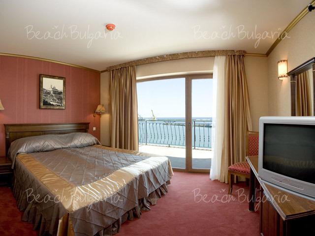 Mistral Hotel10