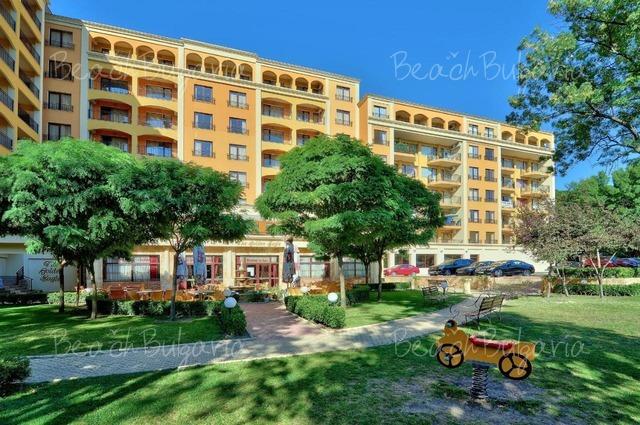 Paradise Green Park Hotel2