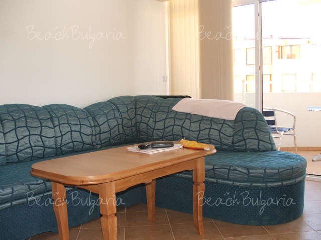 Barco Del Sol Apartments5