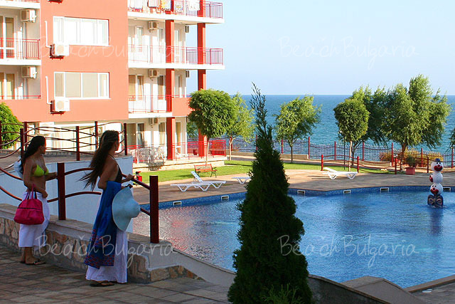 Vacation packages grand resort st vlas in sveti vlas for A beach house in southern california now costs 350 000