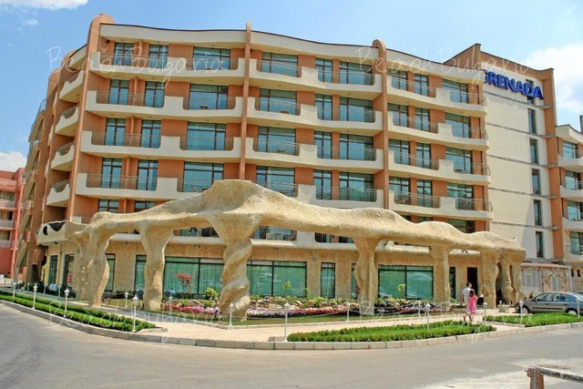 Grenada hotel in sunny beach online booking prices and for Hotel hotel hotel