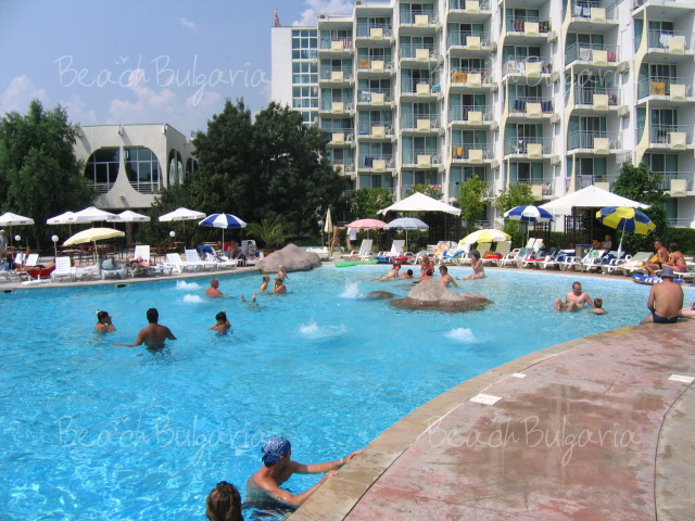 Laguna Beach Albena Booking