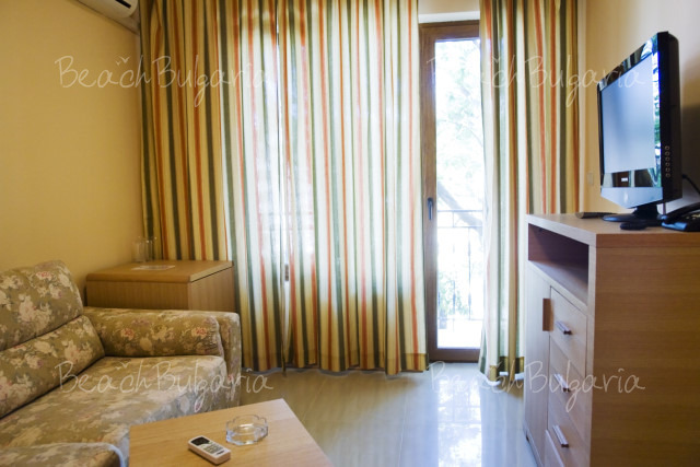 Oasis Park Hotel In Nessebar Online Booking Prices And