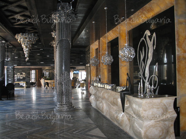 Royal Castle Hotel In Elenite Online Booking Prices And