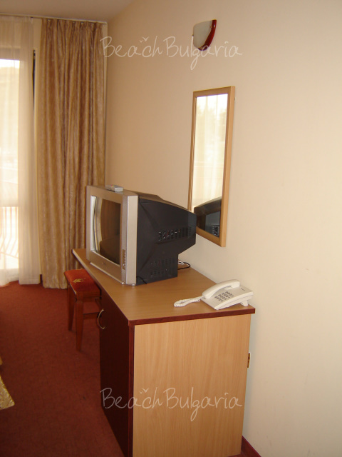 Why Do Room Rates Vary