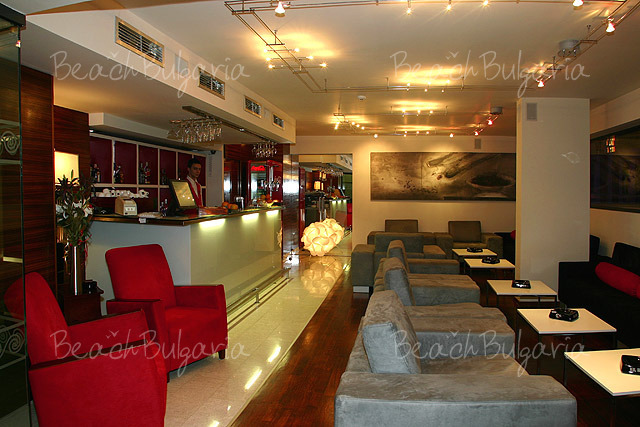 Burgas Hotel In Bourgas Online Booking Prices And