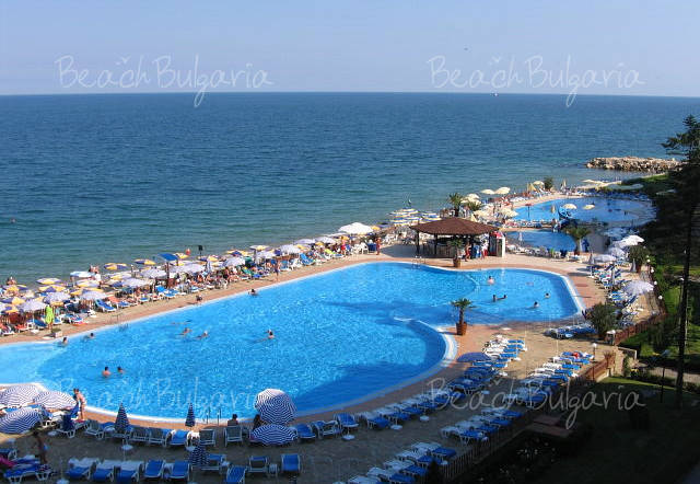Riviera13